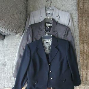 TAHARI Arthur S. Levine 3 suits size 8P flash sale